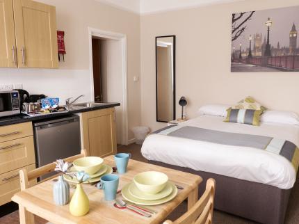 london hotel united lodge aparthotel